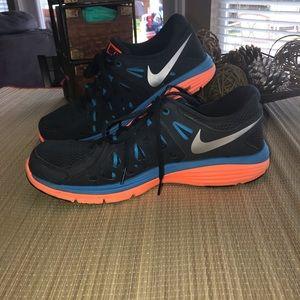 32cd34fd598 Men s Nike Dual Fusion Shoes on Poshmark